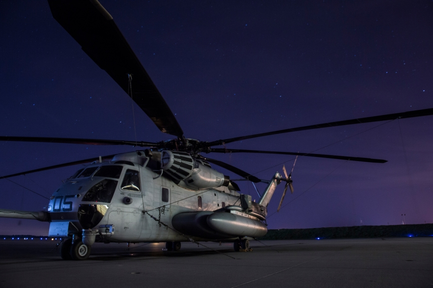 CH-53E night time flightline